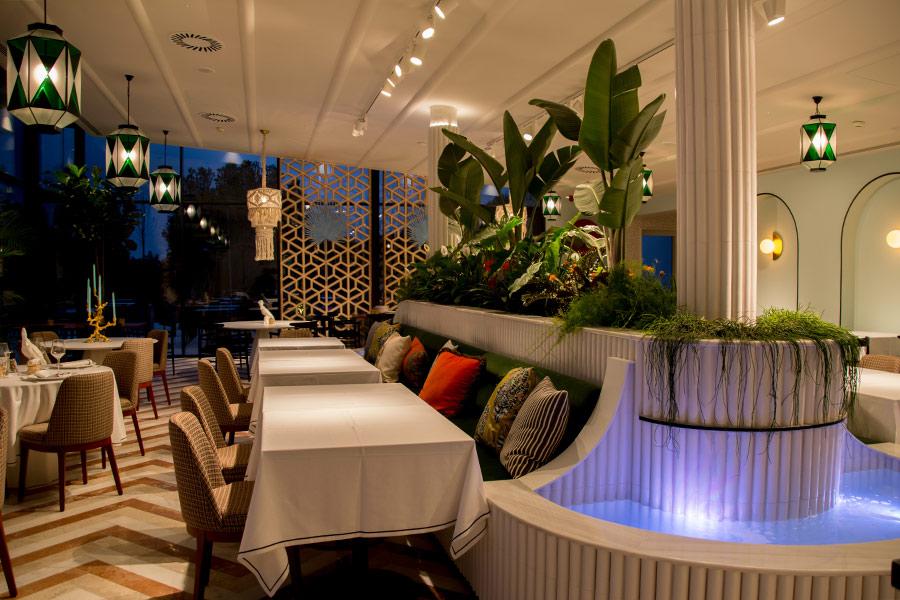 Interior del restaurante italiano Il Palco realizado por Avante Construcción