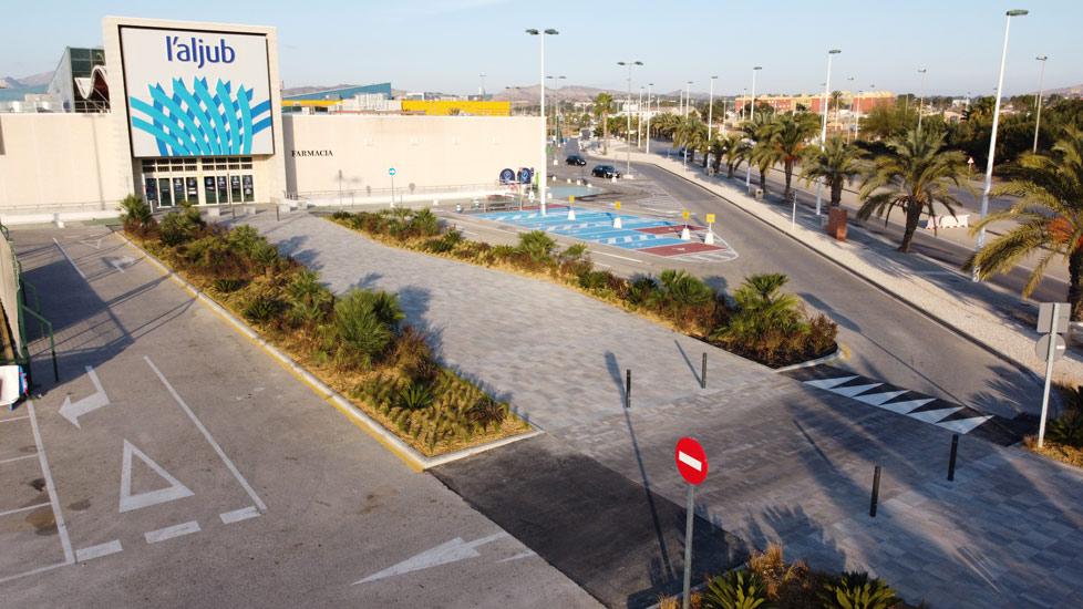 Nuevo acceso al Centro Comercial L'Aljub realizado por Avante Construcción