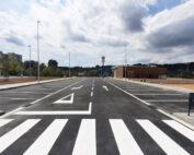 Urbanización del vial anexo a una parcela comercial en la población de Sabadell